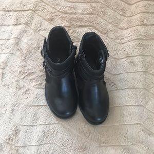 Black boots 🖤